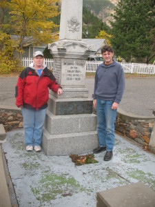 Researchers Jennifer & Andy at the Hedley Cenotaph