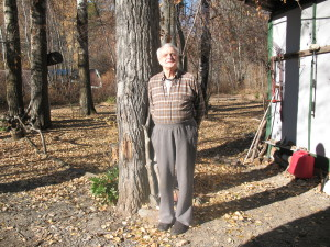 Richard in his back yard near the Similkameen River