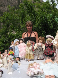 Linda Bell & the doll collection