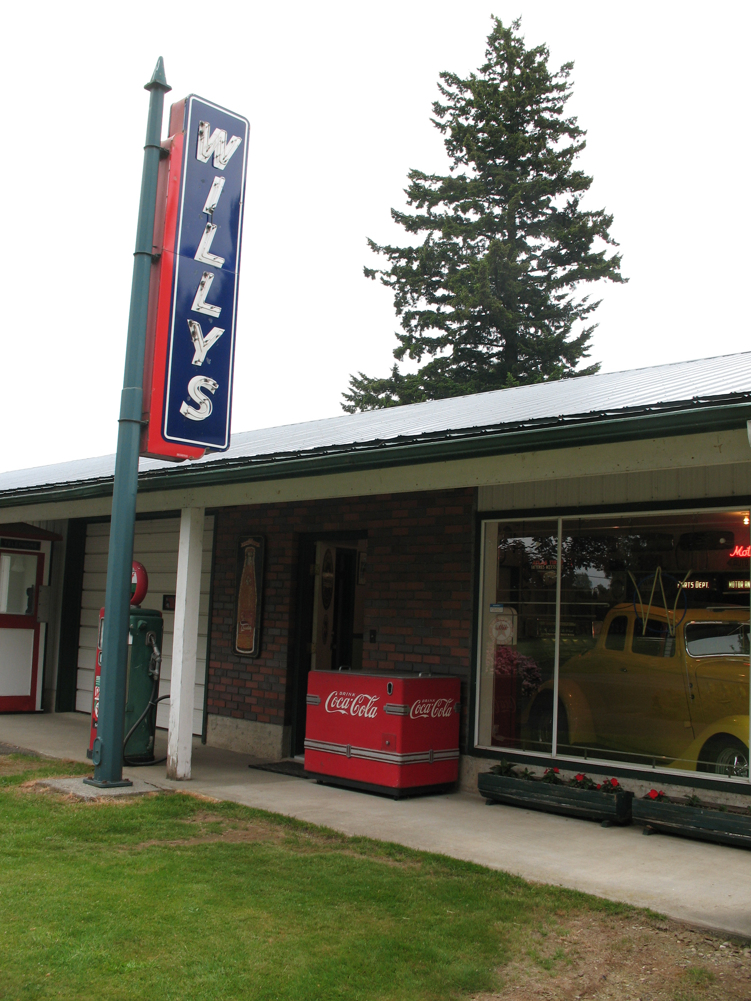 Willys Garage & Showroom
