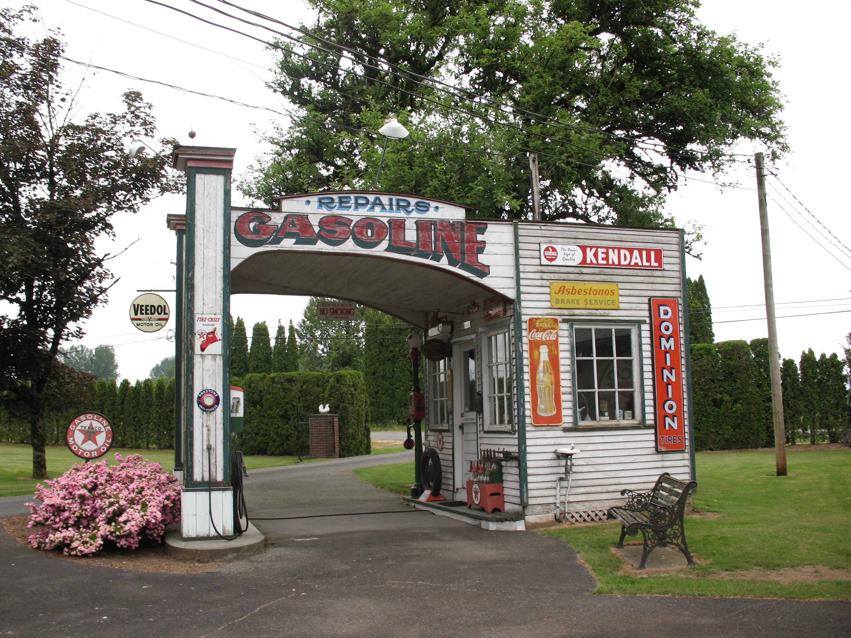 Shady Grove Texaco Gas Station