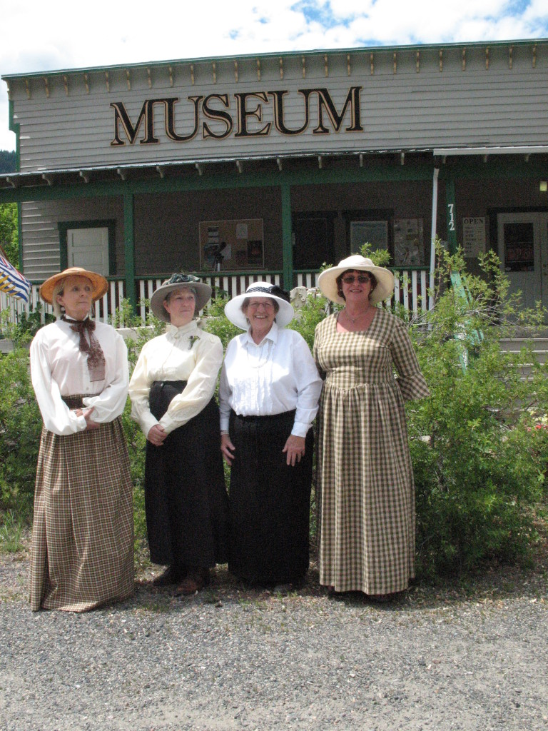 Hedley Heritage Ladies draw attention to new Museum sign in the background