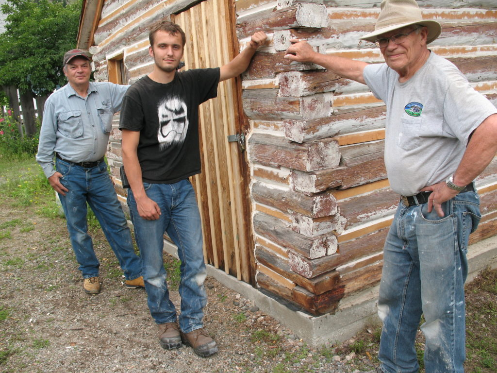 Terry Sawiuk, Josh Carter & Bill Day with the Miner's Cabin