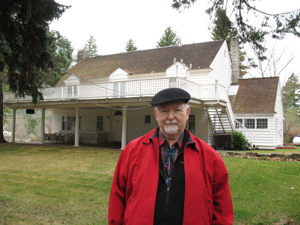 Len Roberts at Camp Colonial Lodge