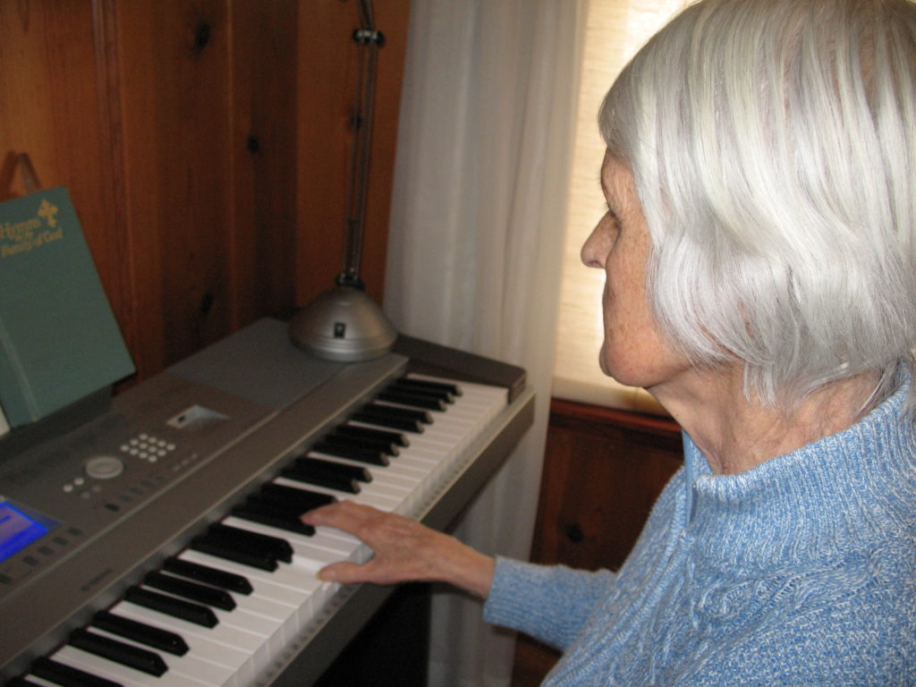 Christina playing the keyboard.